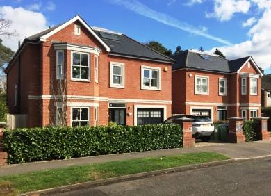 Woodland Grove, Weybridge -2 x 2000 sq ft detached houses on single plot knock down.GDV £2.9m build £1.2m purchase £675k